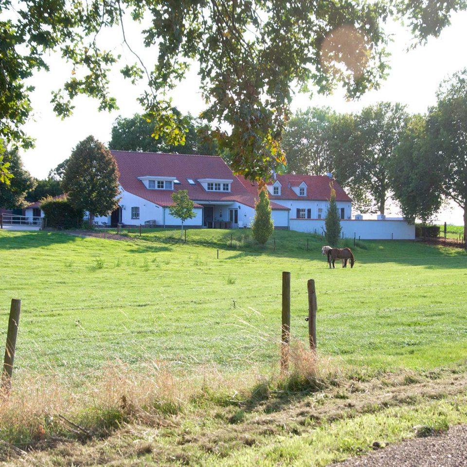 luxe kampeerboerderij en appartementen